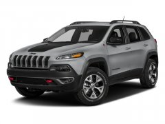 Used-2018-Jeep-Cherokee-Trailhawk