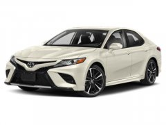 Used-2019-Toyota-Camry-XSE