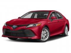 Used-2020-Toyota-Camry-Hybrid-SE