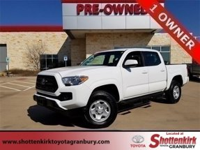 2017 Toyota Tacoma SR Double Cab 5' Bed I4 4x2 AT
