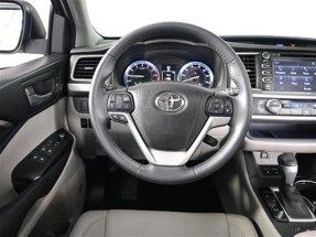 2016 Toyota Highlander LTD