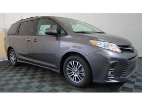 2020 Toyota Sienna XLE Premium FWD 8-Passenger