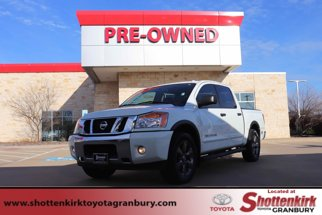 2015 Nissan Titan 2WD Crew Cab SWB SV