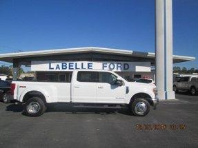 2017 Ford Super Duty F-350 Lariat 4X4 Crew Cab Dually
