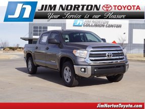 2017 Toyota Tundra SR5 2WD CrewMax Short Bed 5.5 Bed 4.6L