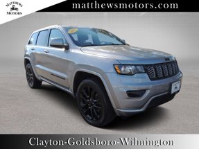 2017 Jeep Grand Cherokee Altitude 4WD w/ Sunroof