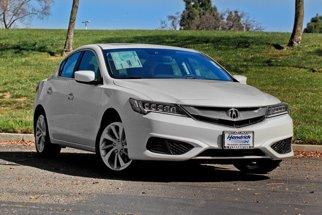 2017 Acura ILX w/Technology Plus Pkg