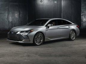 2020 Toyota Avalon Hybrid XLE Plus
