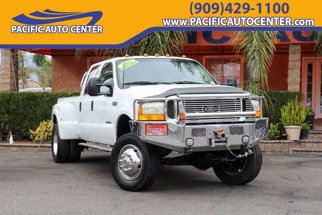 2001 Ford F-550SD Lariat