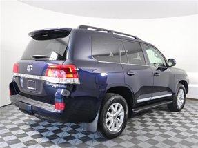2017 Toyota Land Cruiser LE