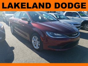 2017 Chrysler 200 Touring