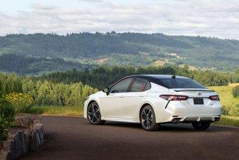 2020-Toyota-Camry-XSE-Auto