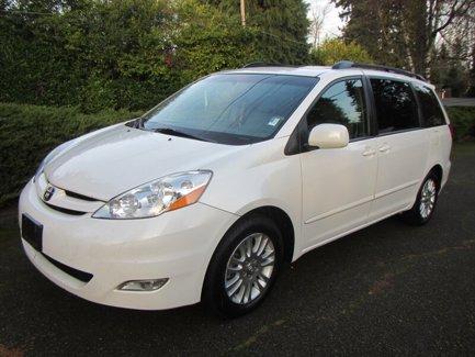 Used-2008-Toyota-Sienna-XLE