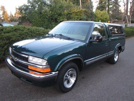 Used-1998-Chevrolet-S-10-Reg-Cab-108-WB-LS