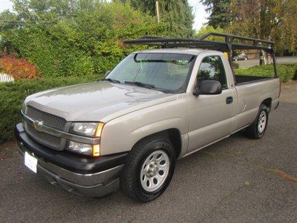 Used-2005-Chevrolet-Silverado-1500-Reg-Cab-1330-WB-Work-Truck