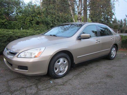 Used-2007-Honda-Accord-Sdn-4dr-I4-AT-LX