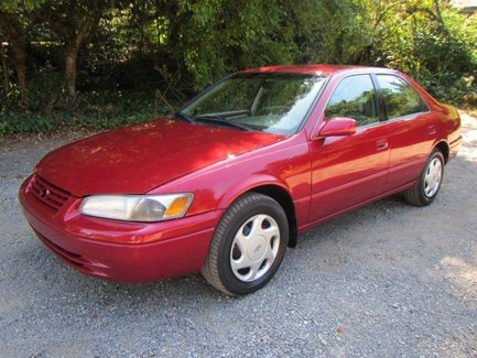 Used-1997-Toyota-Camry-LE-V6
