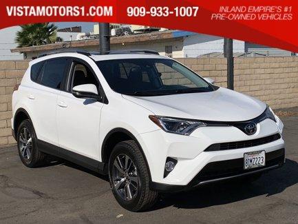 2017-Toyota-RAV4-XLE-4D-Sport-Utility-4-Cyl-25L