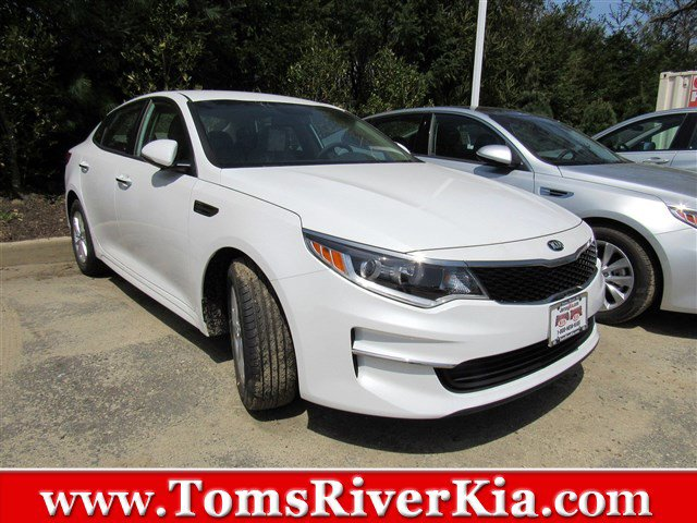 New 2016 Kia Optima, $24300