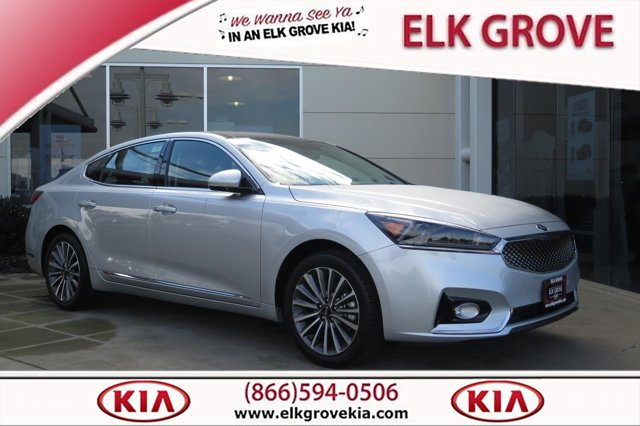 2017 Kia Cadenza Sedan photo