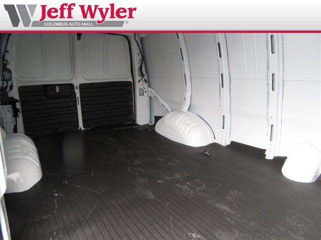 2018 Chevrolet Express Cargo Van Work Van photo