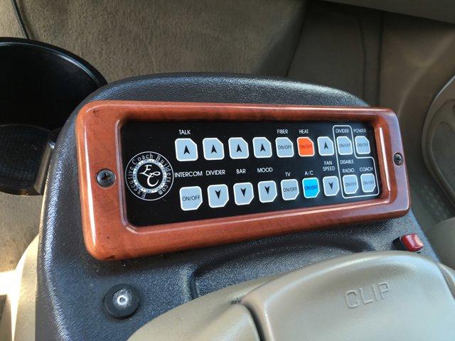 2005 Ford Excursion XLS photo