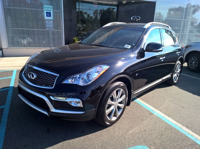 2016 Infiniti QX50 AWD photo