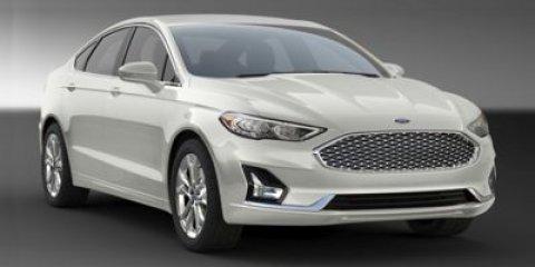 2019 Ford Fusion SE photo