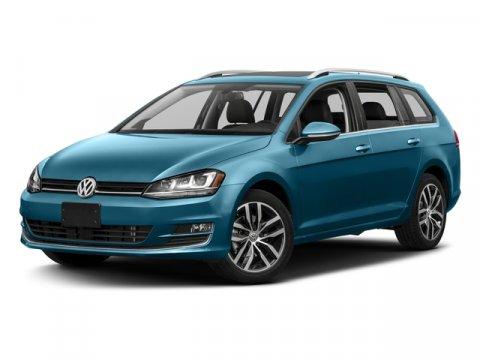 2017 Volkswagen Golf SportWagen S photo