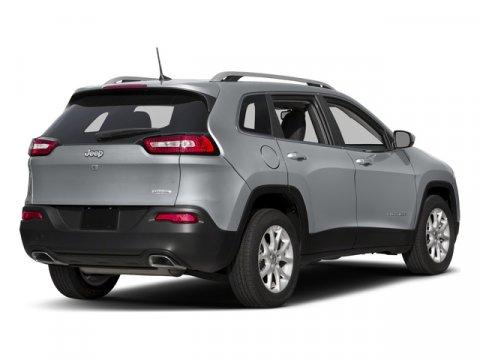2018 Jeep Cherokee Latitude Plus photo