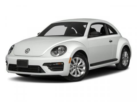 2018 Volkswagen Beetle S photo