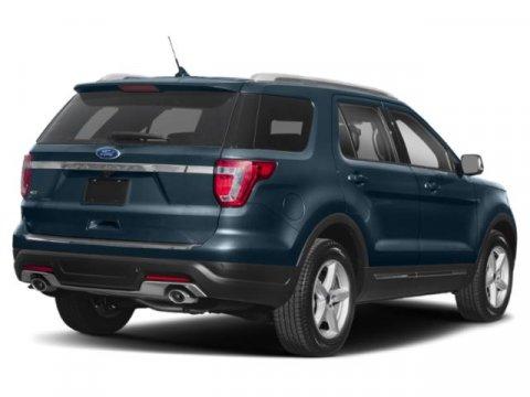 2019 Ford Explorer XLT photo