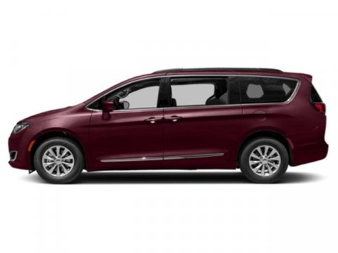 2019 Chrysler Pacifica Touring L Plus photo