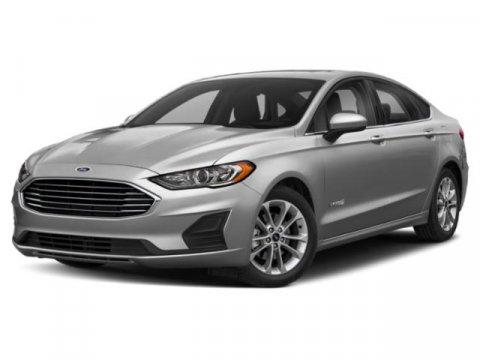 The 2019 Ford Fusion Hybrid SE photos