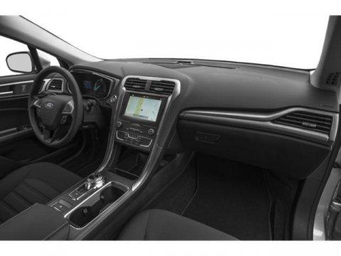 2019 Ford Fusion Hybrid SE photo