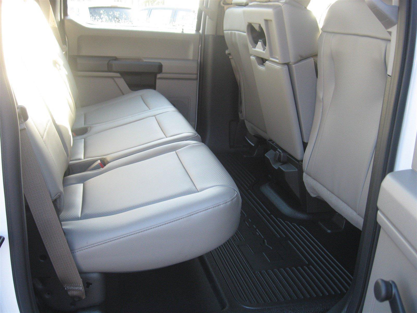 New 2017 Ford Super Duty F-250 SRW XL 4WD Crew Cab 8' Box