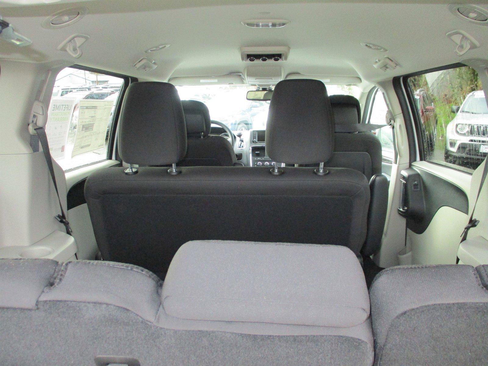 New 2019 Dodge Grand Caravan SE Wagon