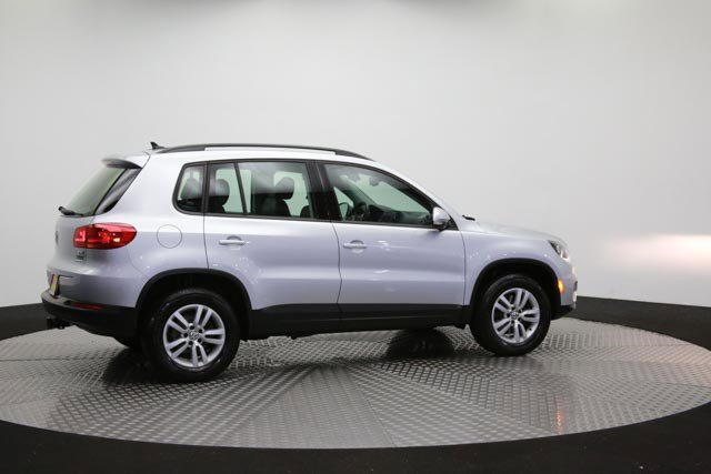 2017 Volkswagen Tiguan for sale 122838 36