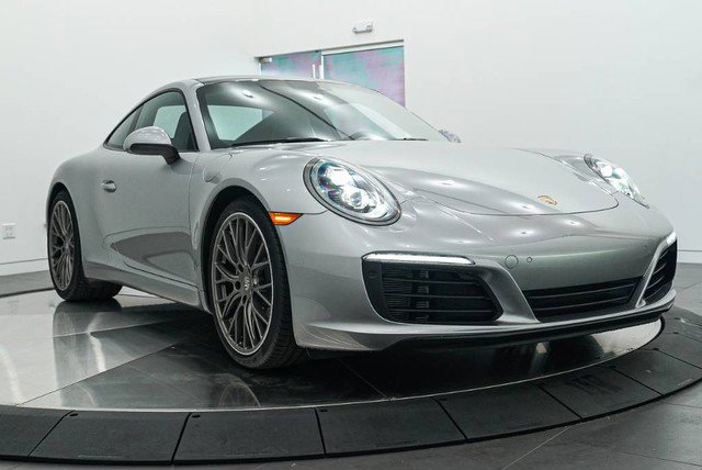 2018 Porsche 911 Carrera photo
