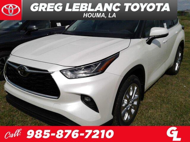 New 2020 Toyota Highlander in Houma, LA