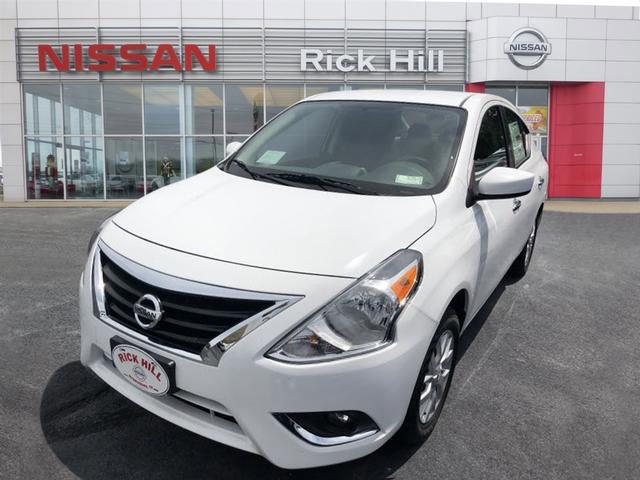 New 2019 Nissan Versa in Dyersburg, TN