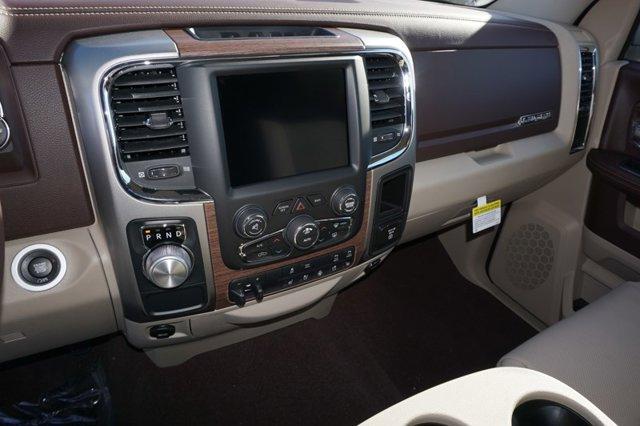 New 2019 Ram 1500 Classic Laramie 4x2 Crew Cab 5'7 Box