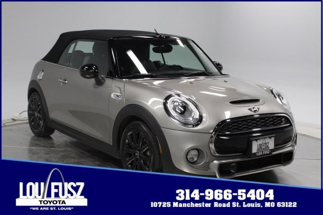 Used 2018 MINI Convertible in St. Louis, MO