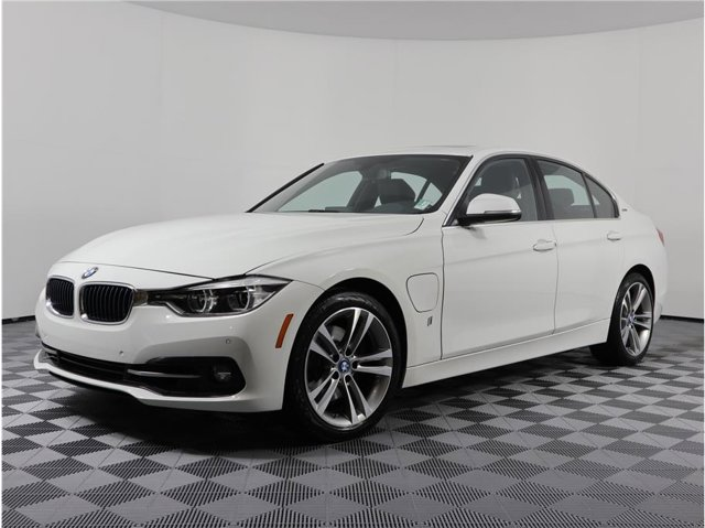 2017 BMW 3 Series 330e iPerformance
