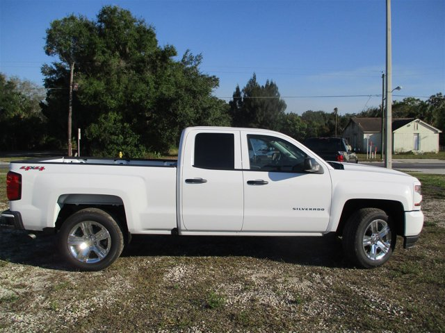 New 2017 Chevrolet Silverado 1500 in Belle Glade, FL