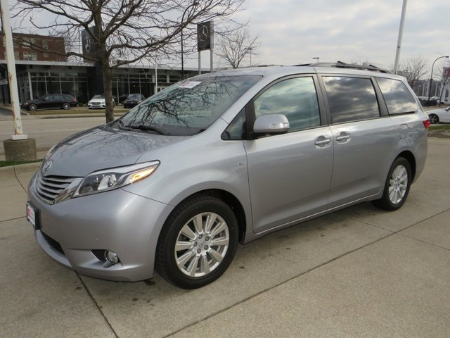 Used 2017 Toyota Sienna in Akron, OH