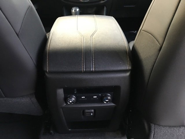 2020 Chevrolet Traverse AWD 4dr LT Leather