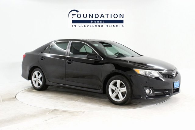 Used 2013 Toyota Camry in Cleveland Heights, OH