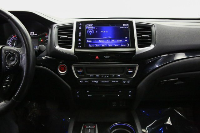 2017 Honda Pilot for sale 121273 10