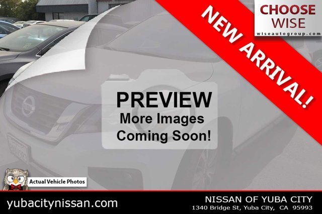 2017 Nissan Pathfinder SL FWD SL Regular Unleaded V-6 3.5 L/213 [0]